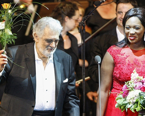 PLÁCIDO DOMINGO, ANGEL BLUE 2015